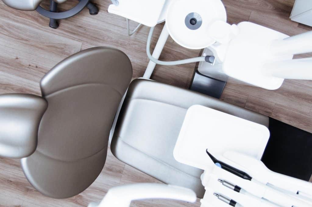 Rever de dents : signification et explication