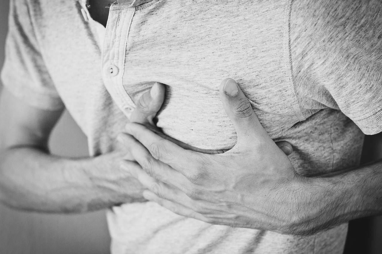 Mal au coeur chez un homme